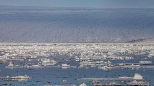 Pesticides and industrial pollutants found in snow atop Arctic glaciers