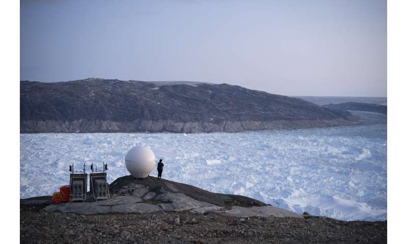Record melt: Greenland lost 586 billion tons of ice in 2019