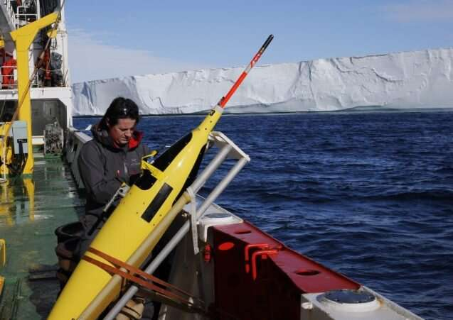 Refining projections of Antarctic ice loss and global sea level rise