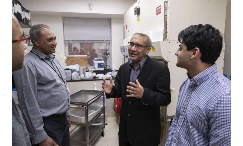 Resarchers find way to improve cancer outcomes by examining patients' genes