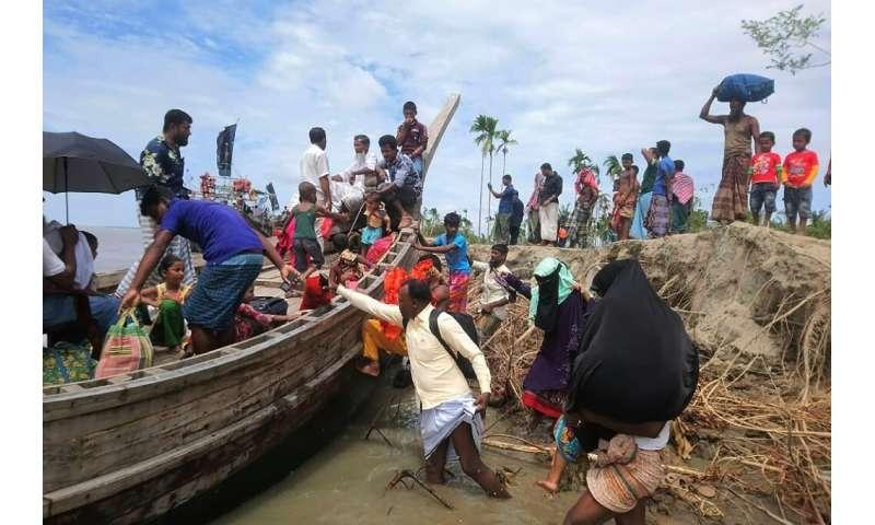 Residents being evacuated as Cyclone Amphan barrels towards Bangladesh's coast
