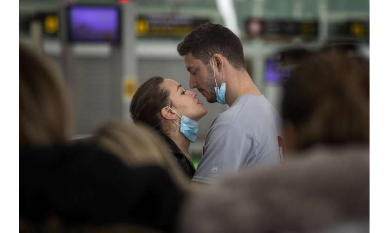 Spain looks at Italy for clues to deal with new coronavirus