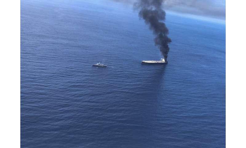 Sri Lanka assessing environment damage from oil tanker fire