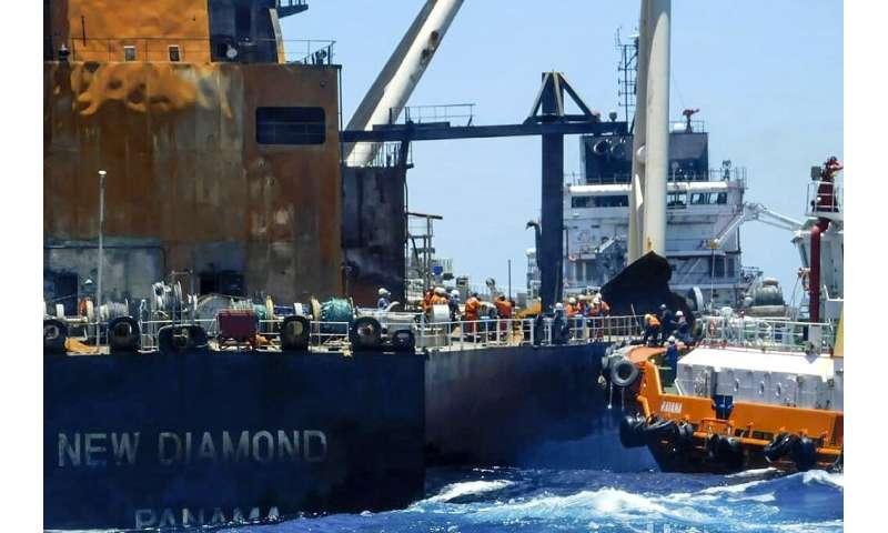 Sri Lanka's environmental authorities still fear a marine disaster