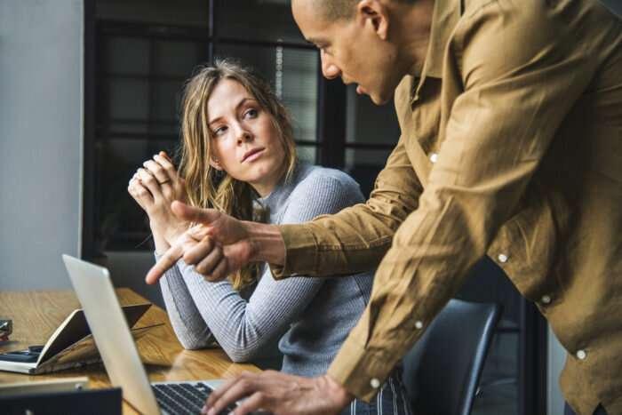 Study: Spotlight shines bright – perhaps too bright – on entrepreneurs