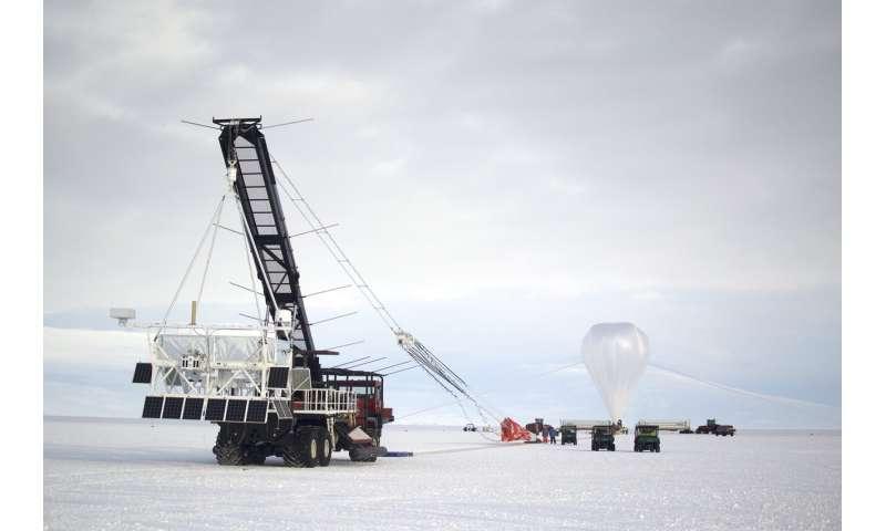 SuperTIGER on its second prowl -- 130,000 feet above Antarctica