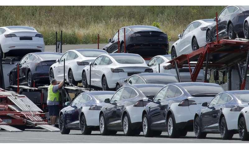 Tesla 2Q deliveries rise over 1Q despite factory shutdown