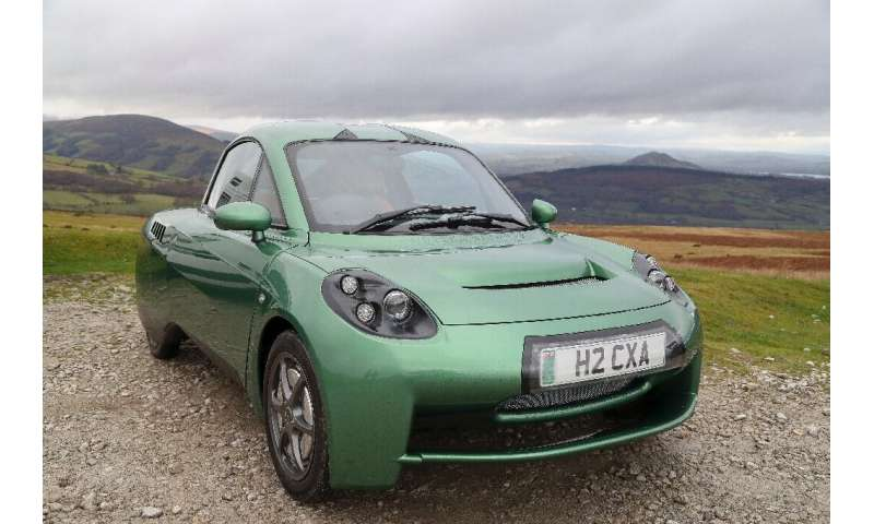 The makers of the Rasa hydrogen-powered car believe it has an advantage over electric batteries because of its much greater rang