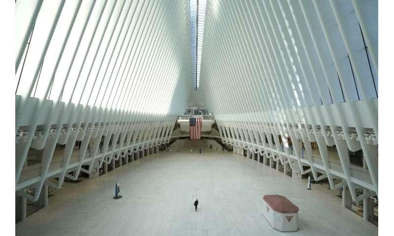 El Oculus, un importante centro de transporte terrestre de la ciudad de Nueva York en el World Trade Center, podría ver a más personas nuevamente cuando se cierre