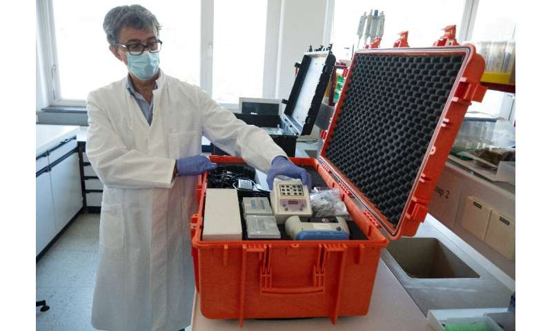 The tests the lab sends out use the nuclear-derived RT-PCR technology, which is now common for new coronavirus detection and can