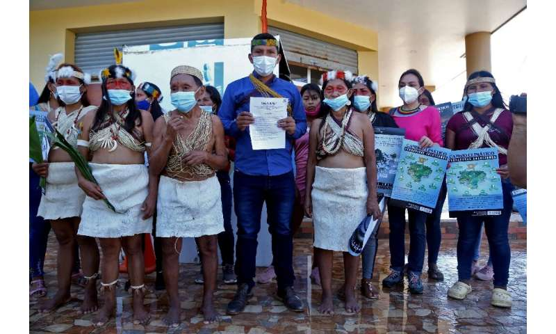 The Waorani are calling on authorities to shut down oil burners flaring off natural gas within their territory in Ecuador's Amaz