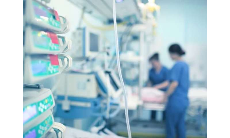 Too many patients, too few ventilators: How U.S. hospitals cope with  COVID-19