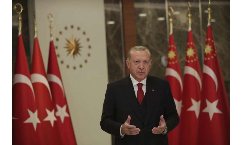 Turkey announces plan to ease virus restrictions