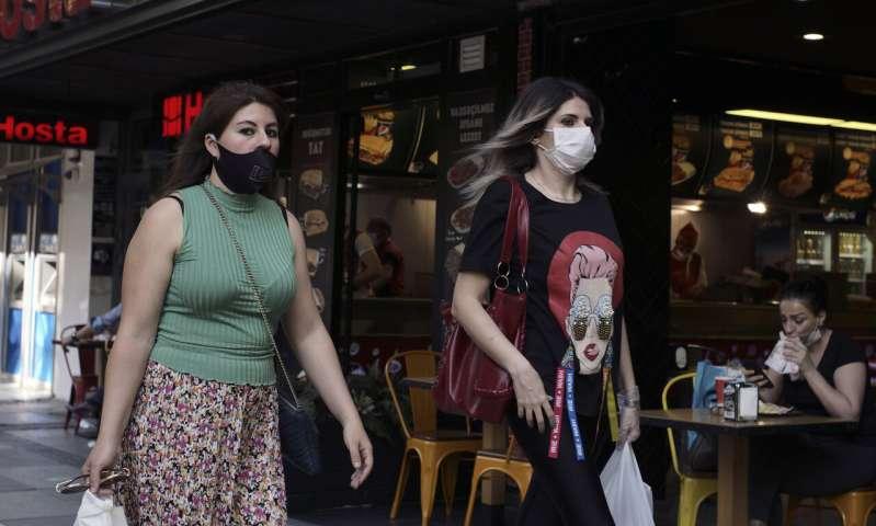 Turkey not considering lockdowns despite rise in virus cases