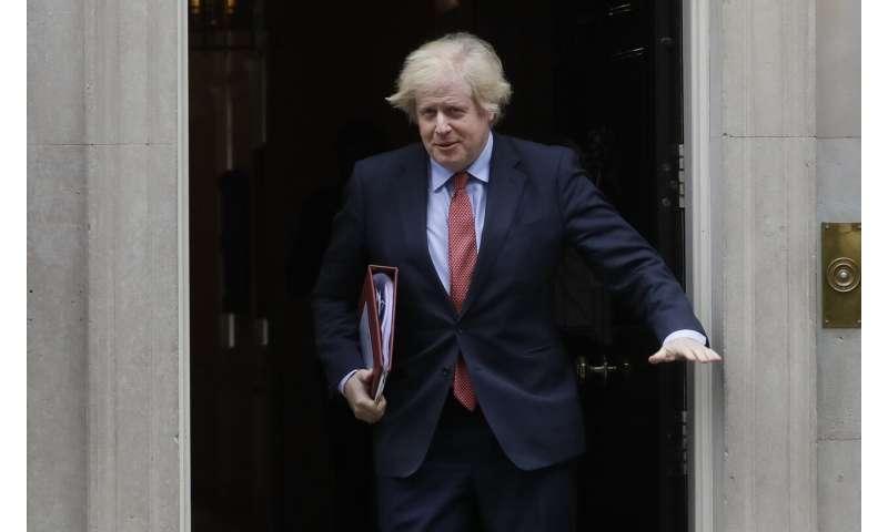 UK scientist: Week earlier lockdown could have halved deaths