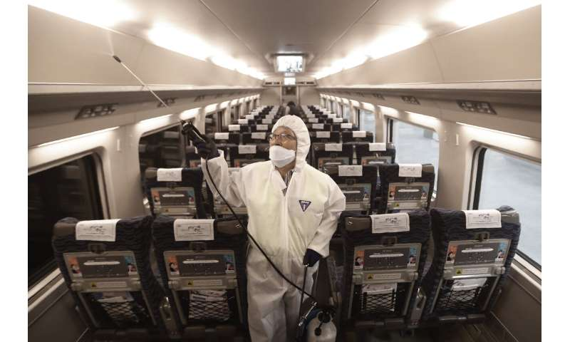Unknowns of the new virus make global quarantines a struggle