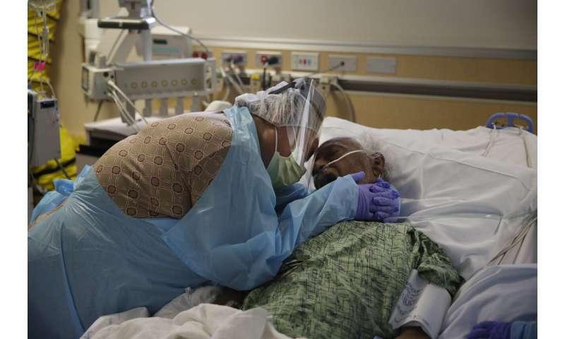 Unwelcome milestone: California nears million COVID-19 cases thumbnail