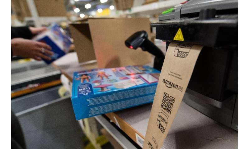US online retailer Amazon says its operations in France are under threat following a local court ruling on worker health measure