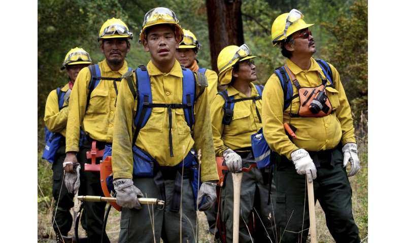US report indicates broad risk of COVID-19 at wildfire camps