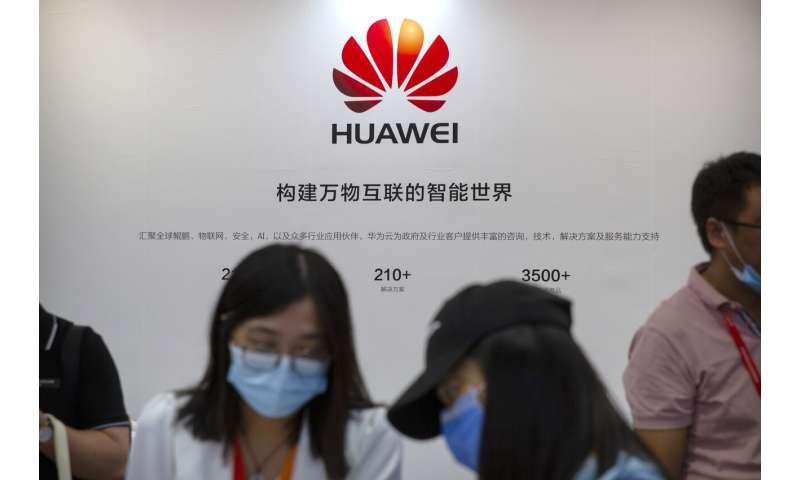 Các lệnh trừng phạt của Mỹ đối với Huawei ảnh hưởng đến nguồn cung và tăng trưởng chip, giám đốc điều hành cho biết