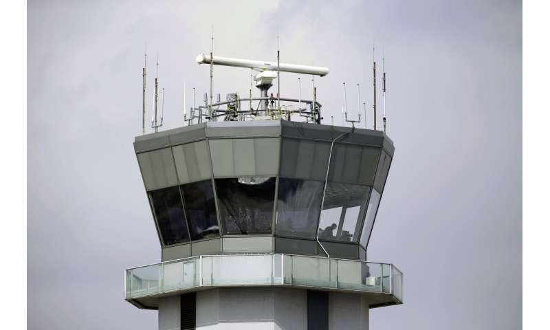 Watchdog urges more action to protect planes from hackers