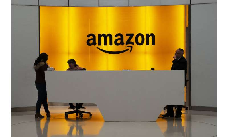 What slowdown? Amazon seeks to hire 33,000 people