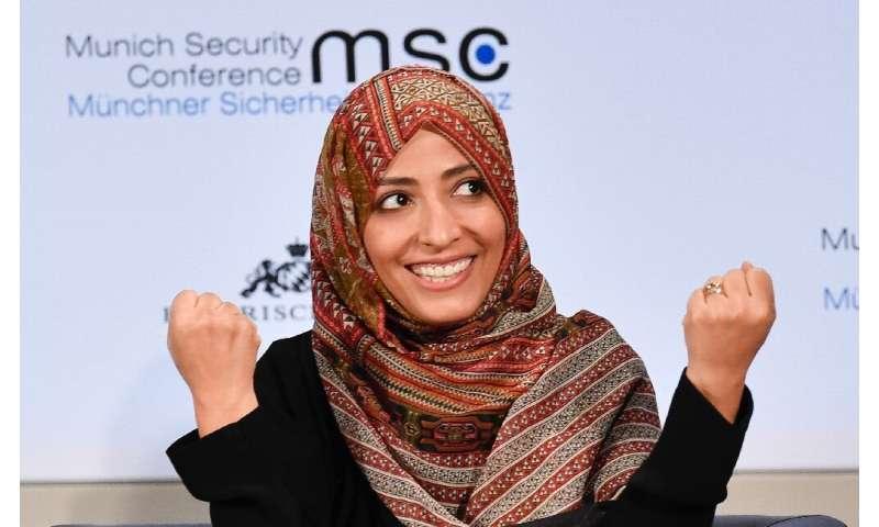 Pemenang Hadiah Nobel Perdamaian Yaman Tawakkol Karman termasuk di antara anggota Dewan Pengawas Facebook yang ditugaskan untuk memutuskan semua