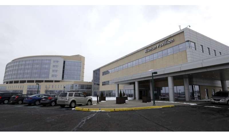 Lab director blames hospital for fertility clinic failure