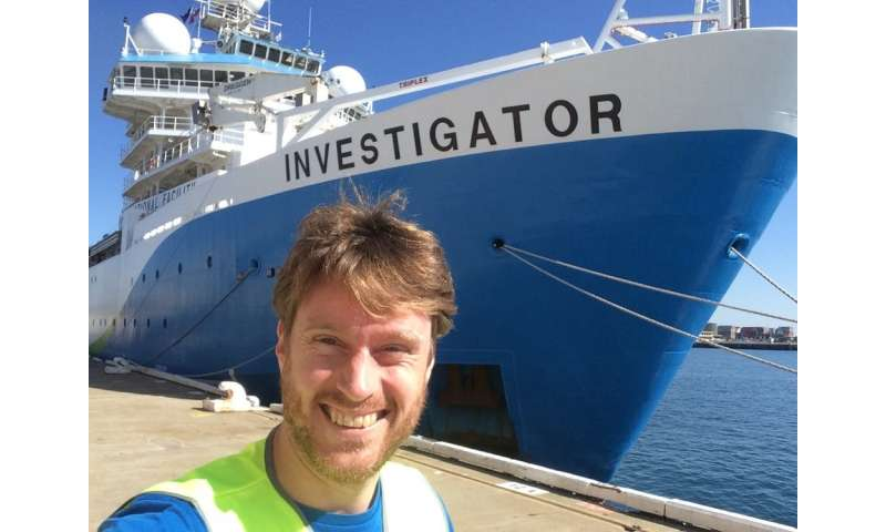 Like the ocean's 'gut flora': we sailed from Antarctica to the equator to learn how bacteria affect ocean health