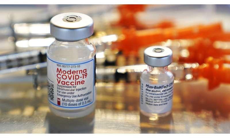 US advisers endorse single-shot COVID-19 vaccine from J&J
