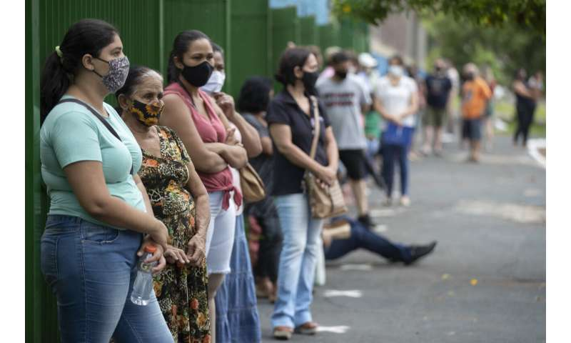 Vaccination of whole Brazilian city spares it from shortages