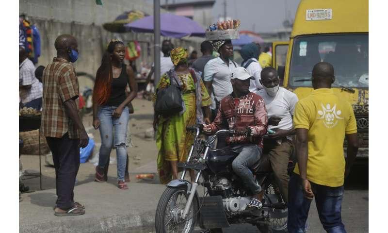 Nigerian scientist studies country's coronavirus variant