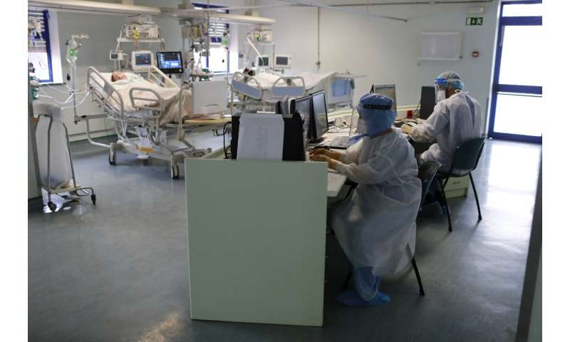 Portugal's relief at falling COVID-19 cases tempered by fear