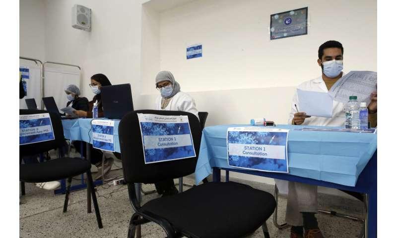 Morocco starts vaccinating medics en masse against virus