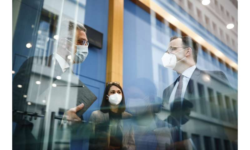 Officials urge vigilance as Germany sees 3rd infection wave