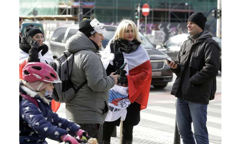 Poland orders stricter pandemic measures for Easter period