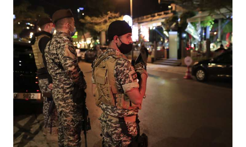 As post-holiday infections surge, Lebanon gears for lockdown