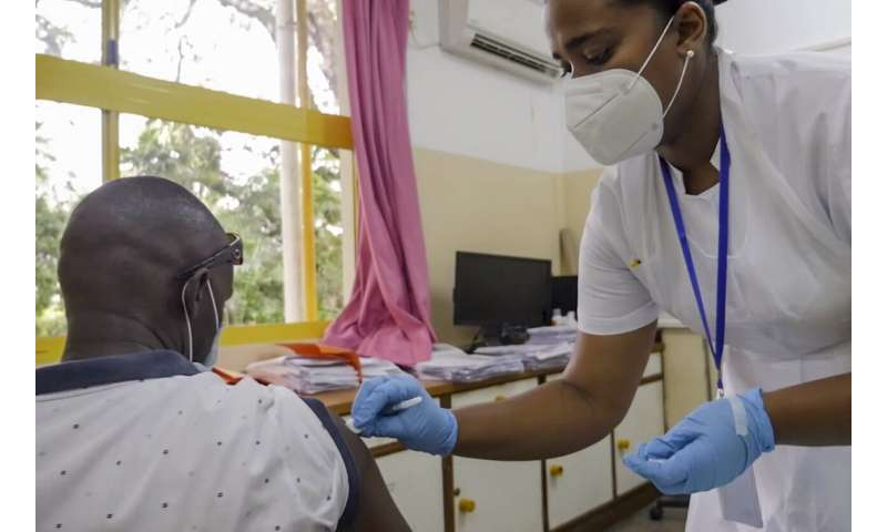 Seychelles bids to reach COVID 'herd immunity' by mid-March