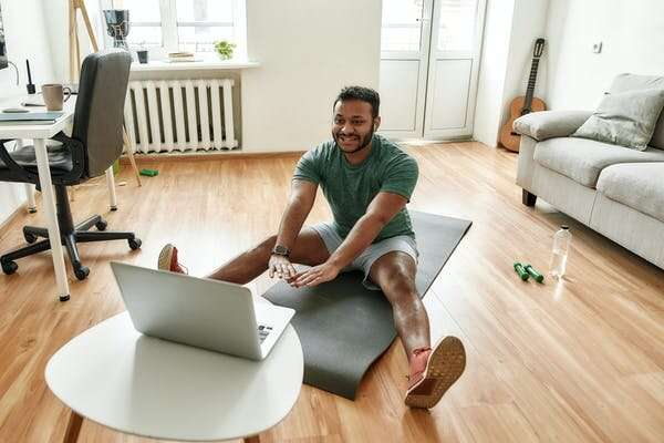 5 ways to get the most out of online fitness classes during COVID-19