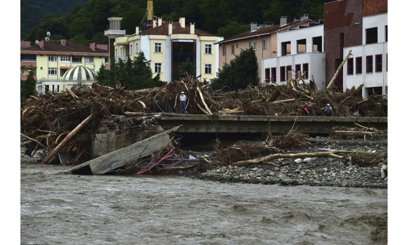 At least 40 killed in severe northern Turkey floods