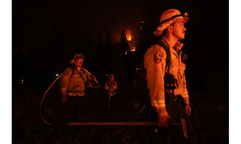 California wildfires at risk of sparking as wind blows in