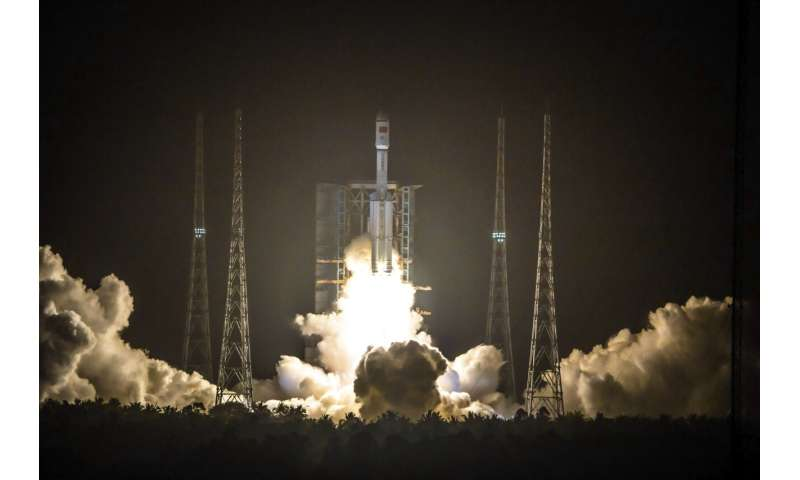 Chinese cargo spacecraft docks with orbital station