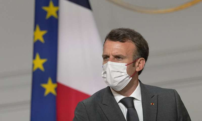 Macron orders all health workers to get vaccinated