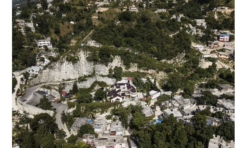 Haiti gets 500K vaccine doses; its first of the pandemic