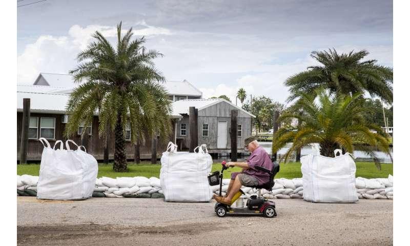 Hurricane Ida forecast to strengthen as it nears Louisiana