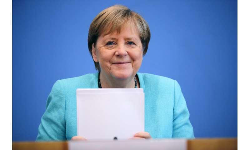 Merkel says German COVID rise worrying, urges vaccination