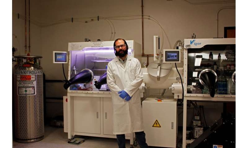 Researchers roll out new process for lighter, more efficient solar power technology