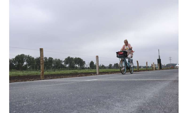 Road to future: Dutch province unveils solar bicycle path