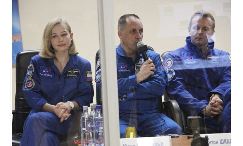 Russia film crew set to blast off to make 1st movie in space