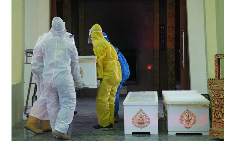 Sinovac-vaccinated Thai health workers to receive booster